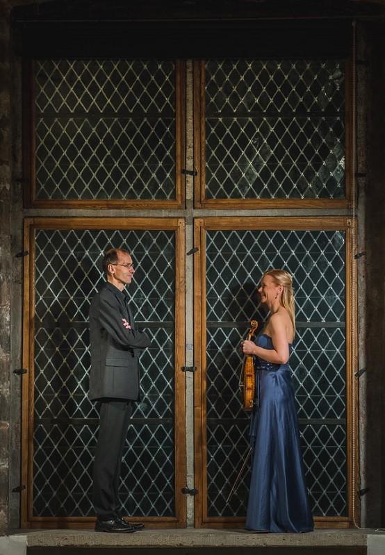 Sigrid Kuulmann (viiul) ja Ralf Taal (klaver)